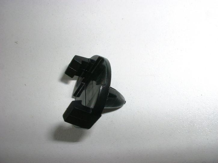 Clip für Handbremszug